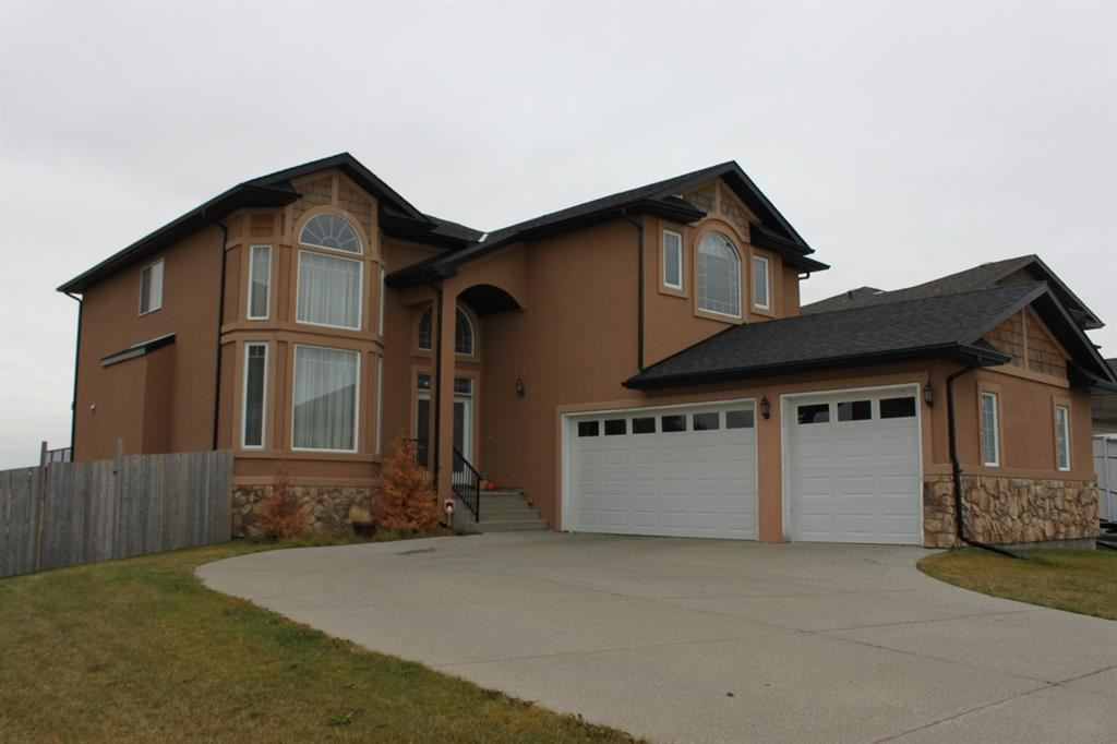 Photo of 431 Railway Place SE, Langdon, AB T0J 1X1 (MLS # A1056100)