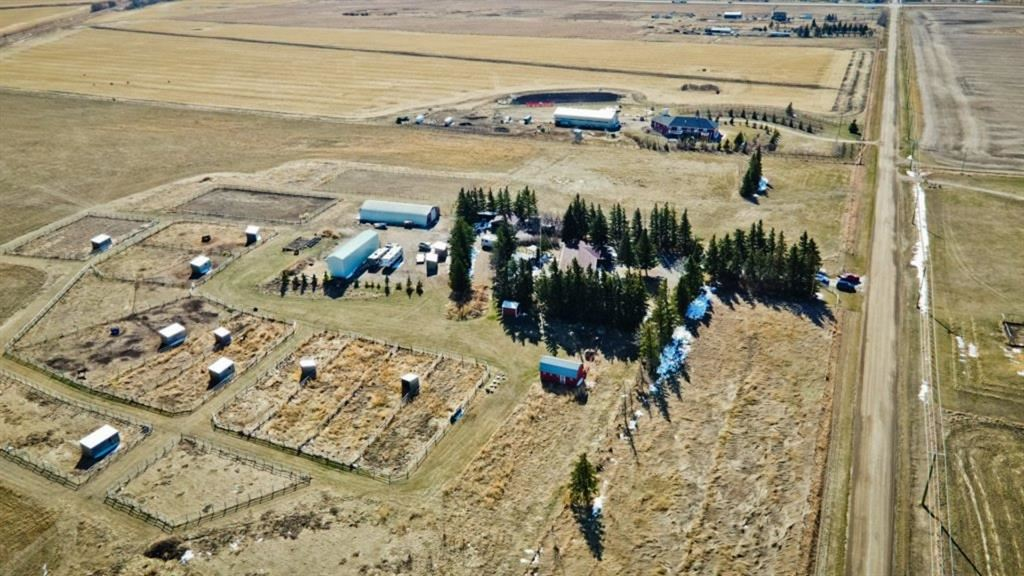 Photo of 271105 Inverlake Road, Rocky View County, AB T1X 2E3 (MLS # A1096104)