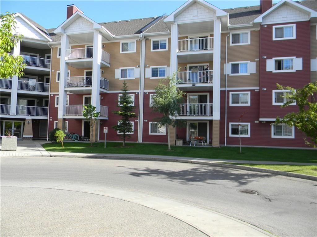 Photo of #3124 10 Prestwick Bay SE, Calgary, AB T2Z 0B3 (MLS # A1093119)