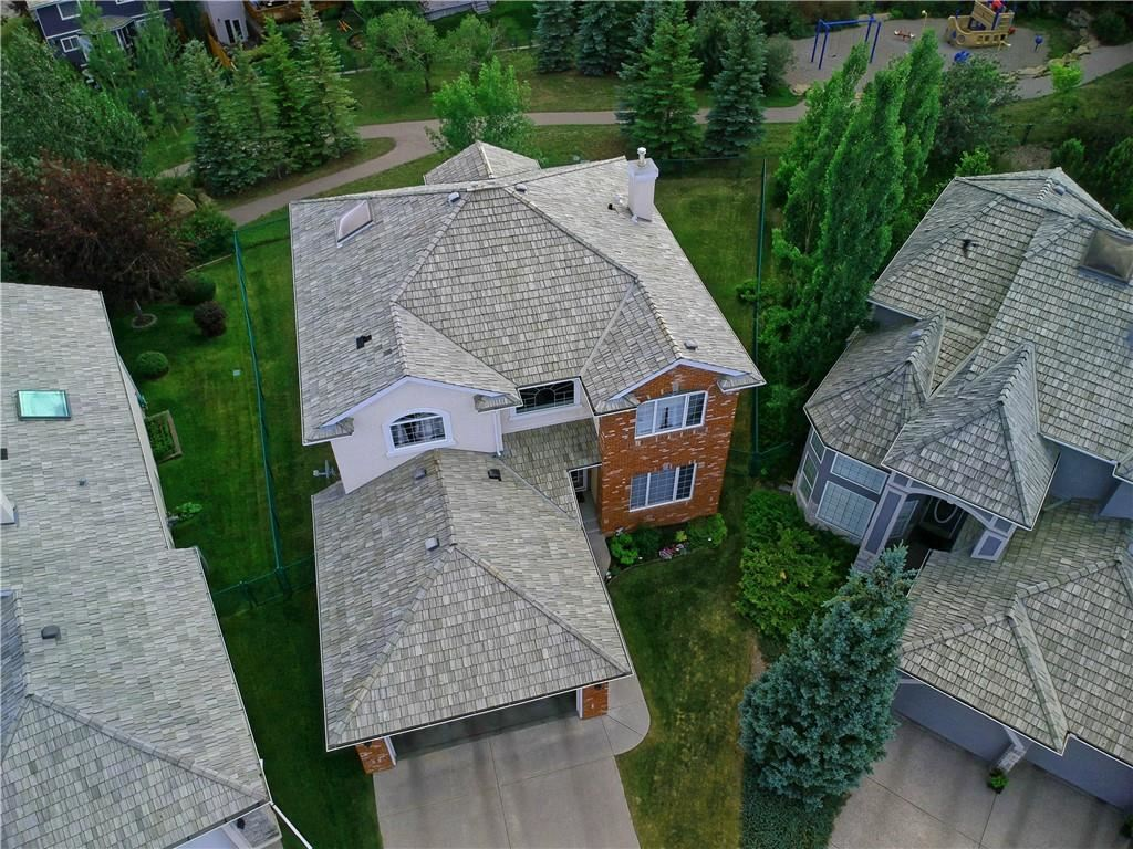 Photo of 343 SIENNA HEIGHTS HL SW, Calgary, AB T3H 3T5 (MLS # C4306127)