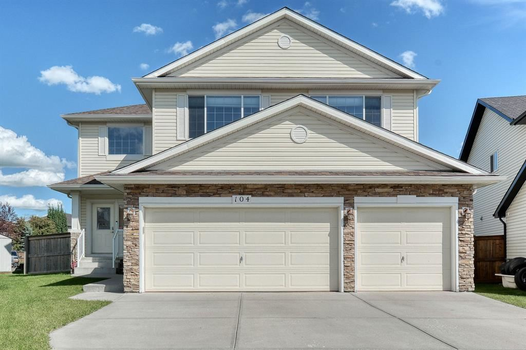 Photo of 104 SPRINGMERE Key, Chestermere, AB T1X 1R3 (MLS # A1016128)