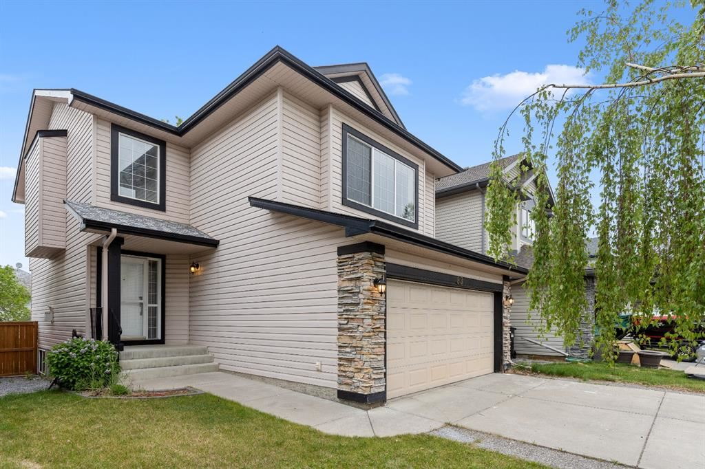 Photo of 83 Cranfield Crescent SE, Calgary, AB T3M 1B4 (MLS # A1120143)