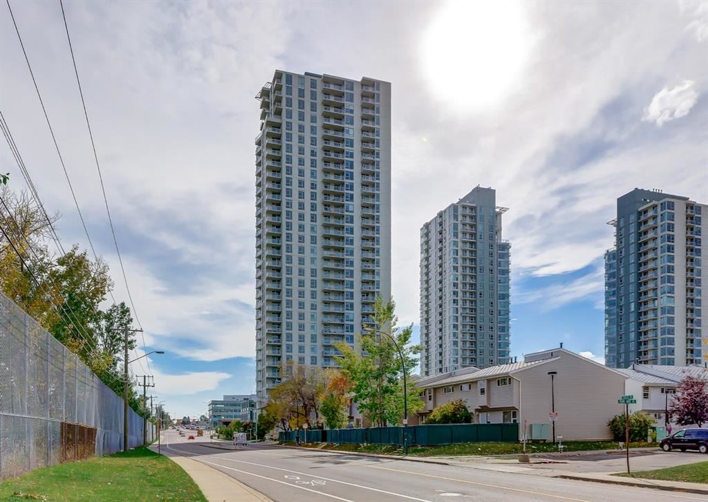 Photo of 99 SPRUCE Place SW #1204, Calgary, AB T3C 3X5 (MLS # A1101153)