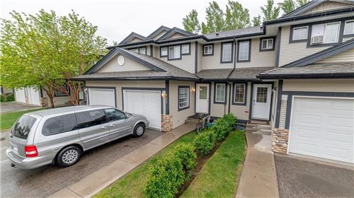 Photo of 132 STONEMERE PL, Chestermere, AB T1X 1N1 (MLS # C4276158)