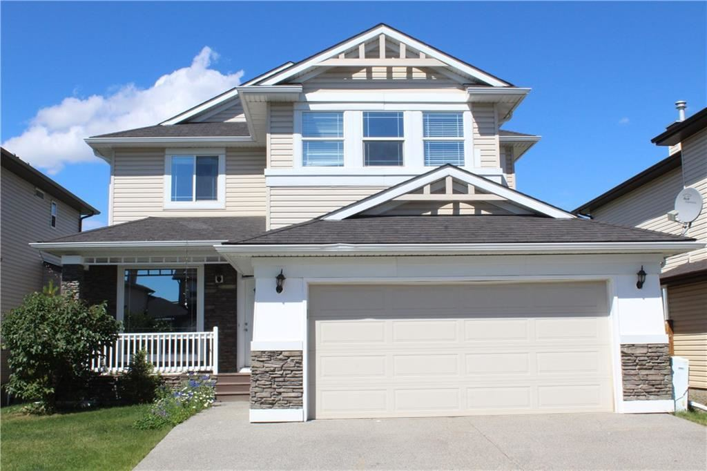 Photo of 220 WILLOWMERE Way, Chestermere, AB T1X 1S2 (MLS # A1146169)