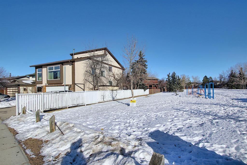 Photo of 24 Whiteram Gate NE, Calgary, AB T1Y 5J6 (MLS # A1062170)