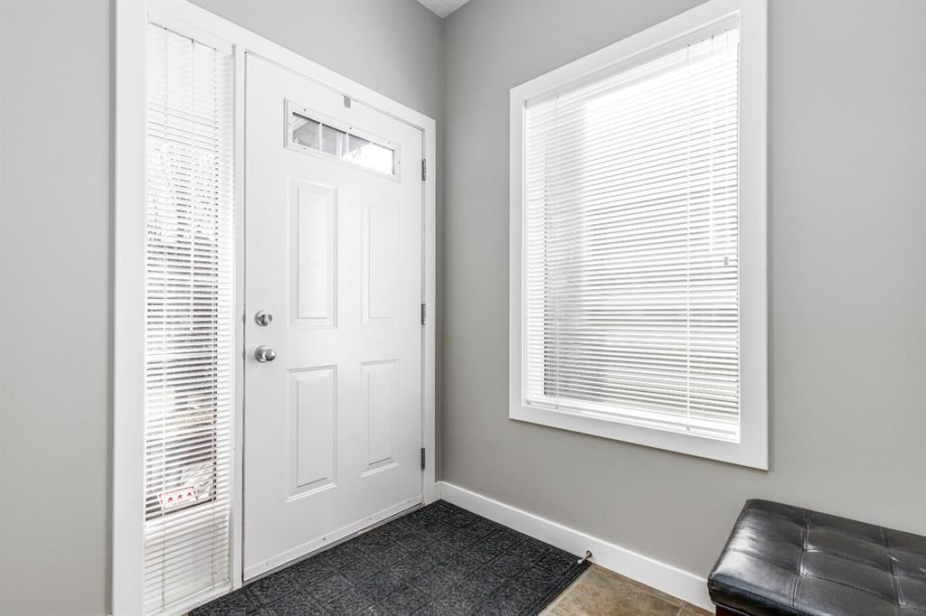 Photo of 47 Evansbrooke Point NW, Calgary, AB T3P 1G9 (MLS # A1091195)