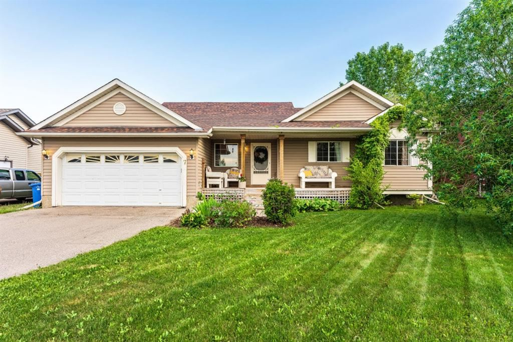 Photo of 7 Anderson Avenue, Langdon, AB T0J 1X1 (MLS # A1121196)