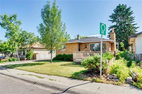 Photo of 1836 43 Street SE, Calgary, AB T2B 1G9 (MLS # A1022259)