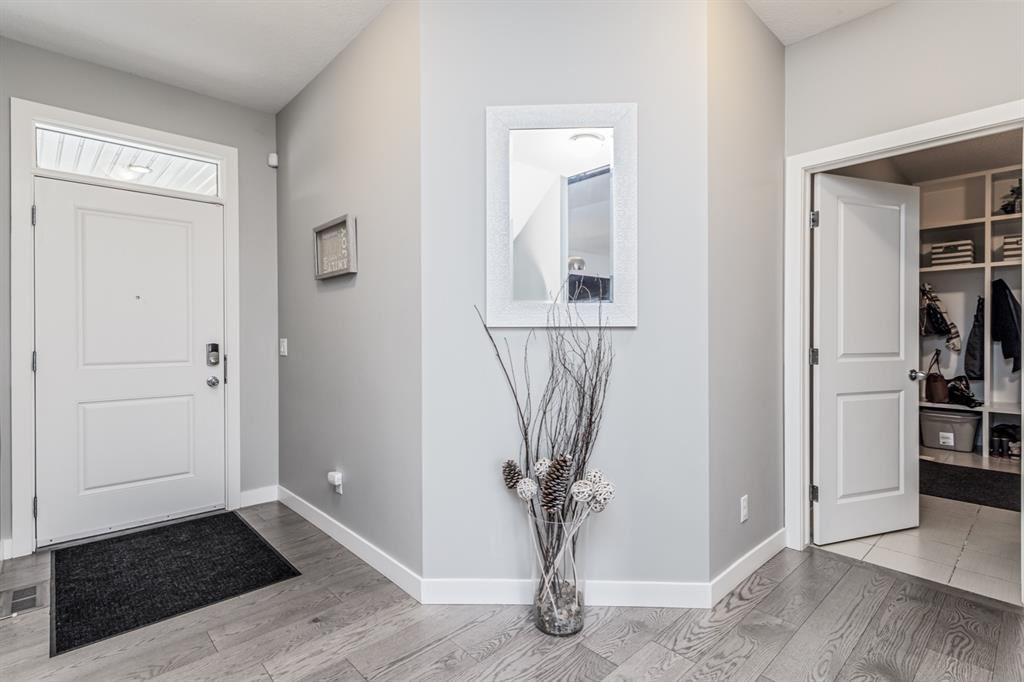 Photo of 220 Sandpiper Boulevard, Chestermere, AB T1X 0V4 (MLS # A1043278)