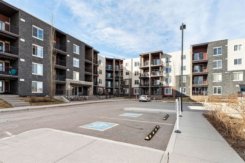 Photo of 195 Kincora Glen Road NW #425, Calgary, AB T3R 0S3 (MLS # A1095293)