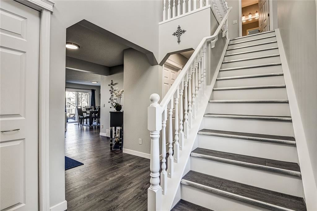 Photo of 181 West Lakeview PL, Chestermere, AB T1X 1K3 (MLS # C4289350)