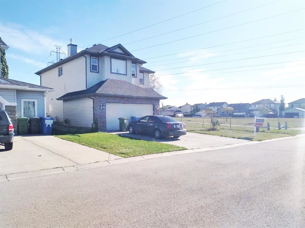 Photo of 238 Lakeview Inlet, Chestermere, AB T1X 1P4 (MLS # A1112366)
