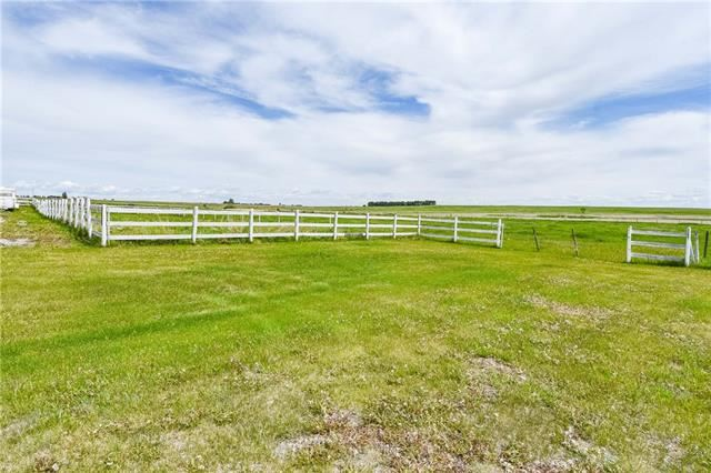 Photo of 243066 RGE RD 281, Chestermere, AB T2M 4L5 (MLS # C4293372)