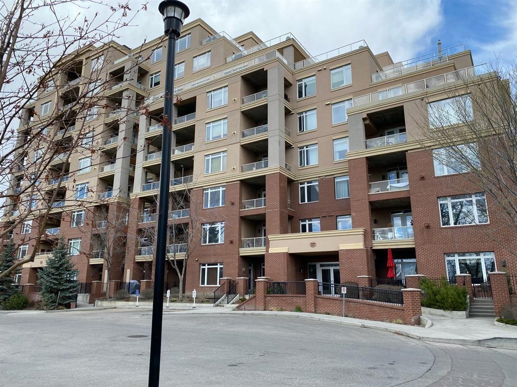 Photo of 24 HEMLOCK Crescent SW #3414, Calgary, AB T3C 2Z1 (MLS # A1096374)