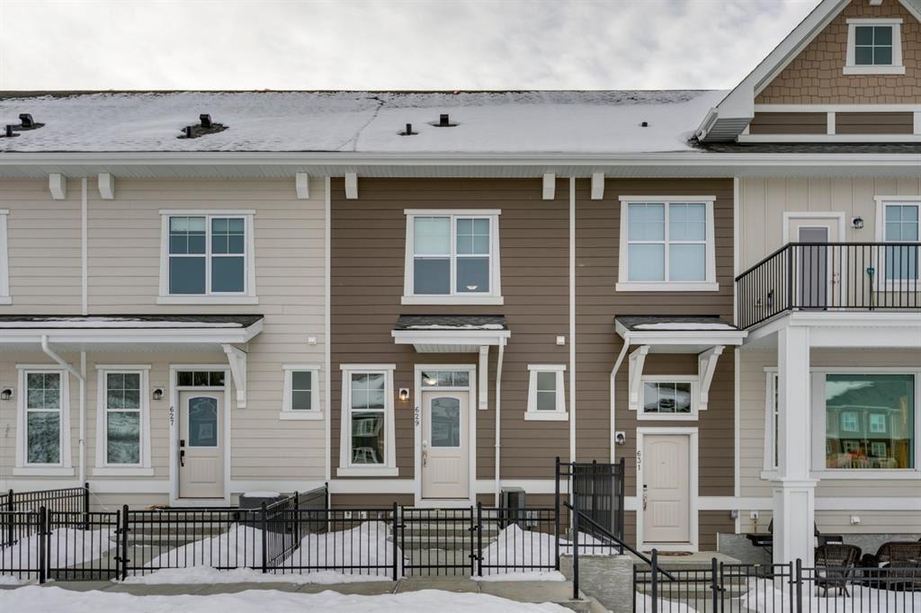 Photo of 629 Cranbrook Walk SE, Calgary, AB T3M 2V5 (MLS # A1043381)