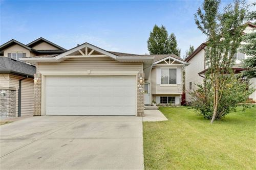 Photo of 128 MILLVIEW Square SW, Calgary, AB T2Y 3Y5 (MLS # A1026397)