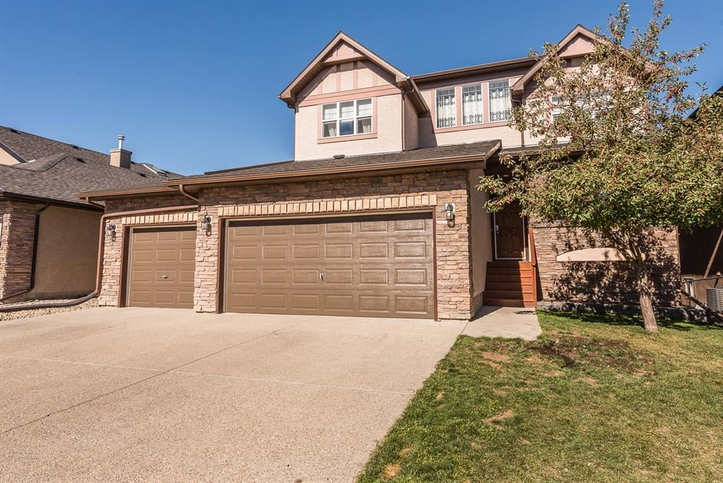 Photo of 369 RAINBOW FALLS Way, Chestermere, AB T1X 1S6 (MLS # A1149426)