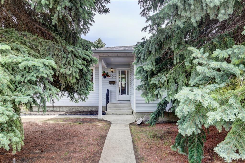 Photo of 7936 HUNTWCK HL NE, Calgary, AB T2K 4H1 (MLS # C4302449)