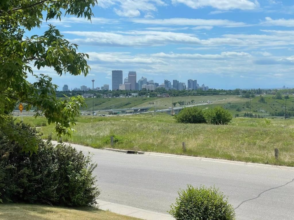 Photo of 2108 Vista Street NE, Calgary, AB T2E 6H4 (MLS # A1123464)