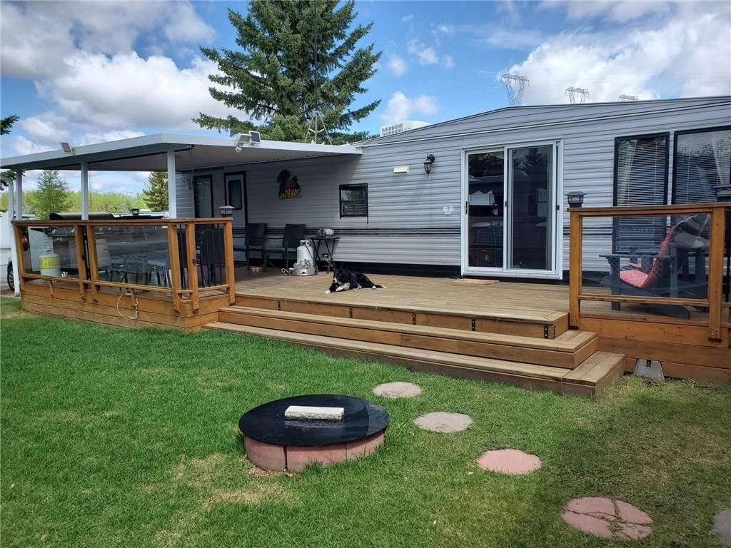 Photo of 561 Carefree Resort, Rural Red Deer County, AB T4G 0K6 (MLS # C4297466)