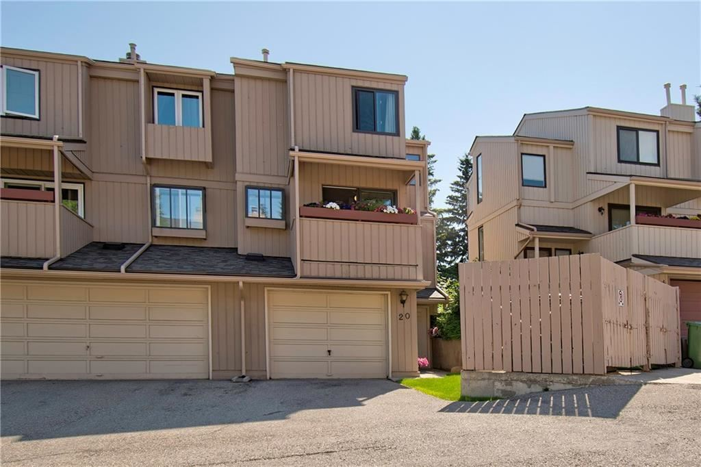 Photo of #20 235 BERWICK DR NW, Calgary, AB T3k 1P6 (MLS # C4306467)