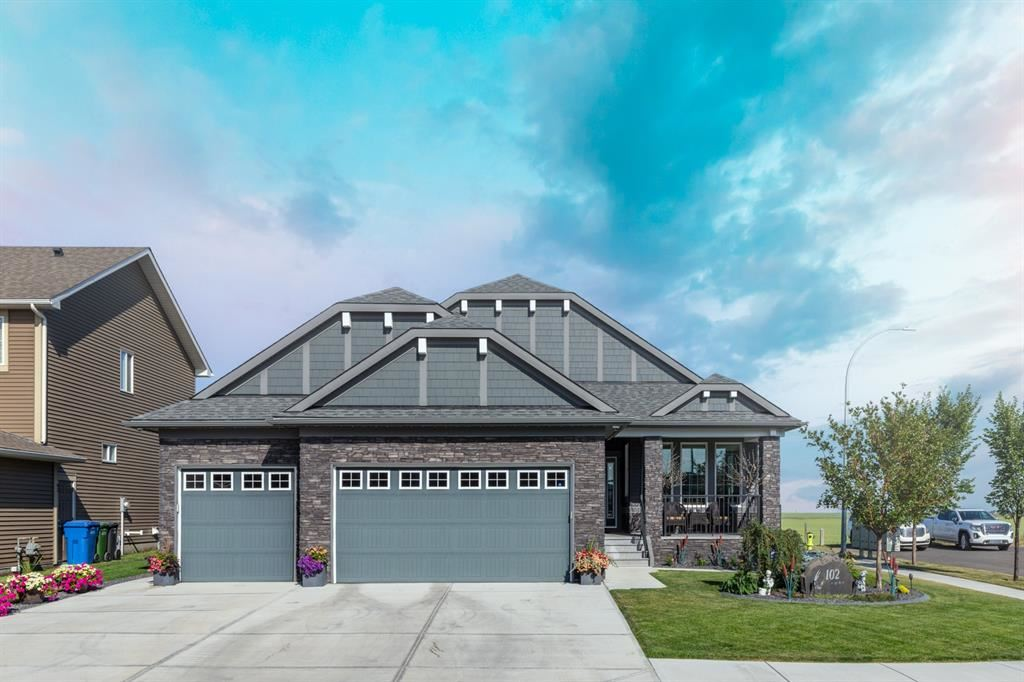 Photo of 102 Kinniburgh Road, Chestermere, AB T1X 0T8 (MLS # A1137476)