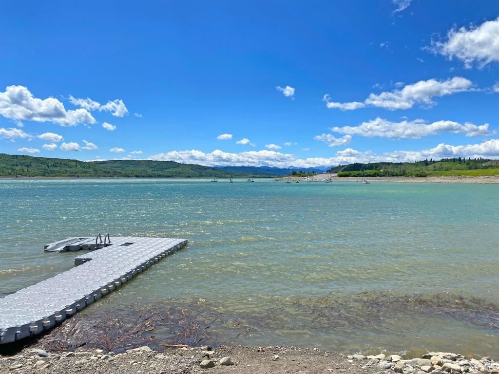 Photo of 407 Cottage Club Cove, Rocky View County, AB T1C 1B1 (MLS # A1121484)