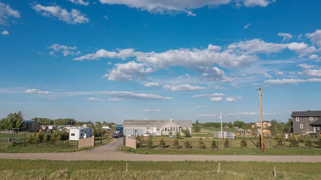 Photo of 235230 Rge Rd 281, Rocky View County, AB T1X 0K5 (MLS # A1143484)