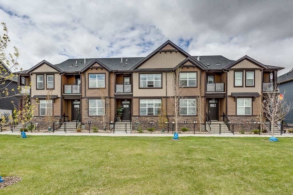 Photo of 228 MIDYARD LN SW, Airdrie, AB T4B 4E5 (MLS # C4297495)