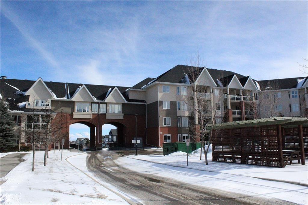 Photo of #241 15 EVERSTONE DR SW, Calgary, AB T2Y 5B5 (MLS # C4306511)