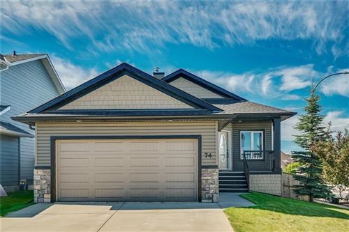 Photo of 74 THORNFIELD CL SE, Airdrie, AB T4A 2K7 (MLS # C4254517)