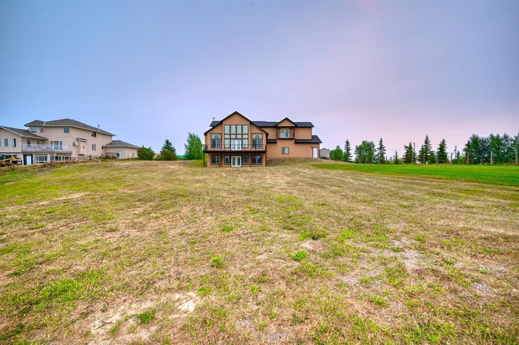 Photo of 15 Paradise Acres, Chestermere, AB T1X 0N8 (MLS # A1140531)