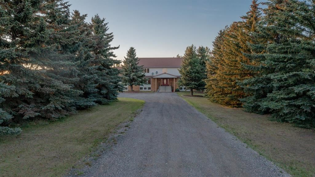 Photo of 275154 Twp Road 233, Rocky View County, AB T2G 2E6 (MLS # A1118535)