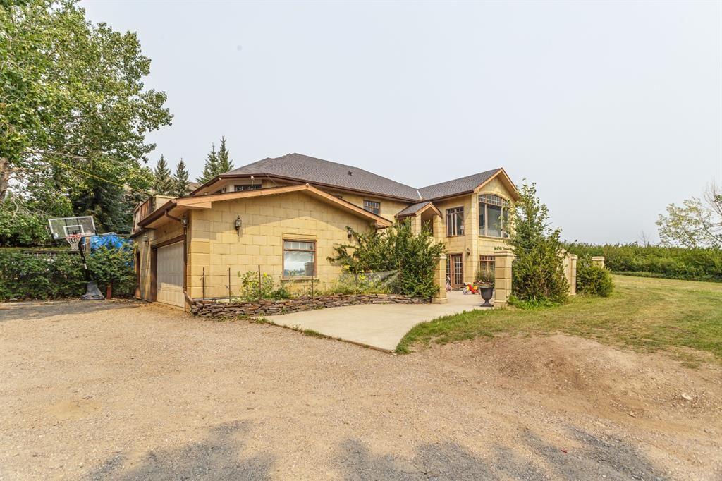 Photo of 36 Elmont Drive SW, Calgary, AB T3H 3X5 (MLS # A1134553)