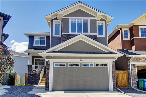 Photo of 144 BAYSPRINGS CO SW, Airdrie, AB T4B 3X7 (MLS # C4258558)