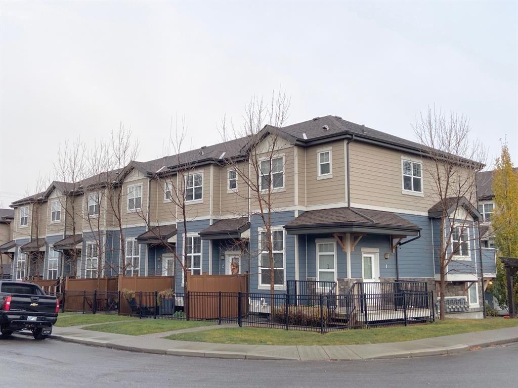 Photo of 1302 Russell Road NE #9, Calgary, AB T2E 6Y5 (MLS # A1156563)