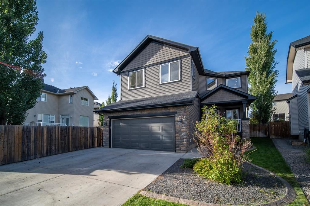 Photo of 122 Crystal Shores Manor, Okotoks, AB t1s 2h6 (MLS # A1148583)