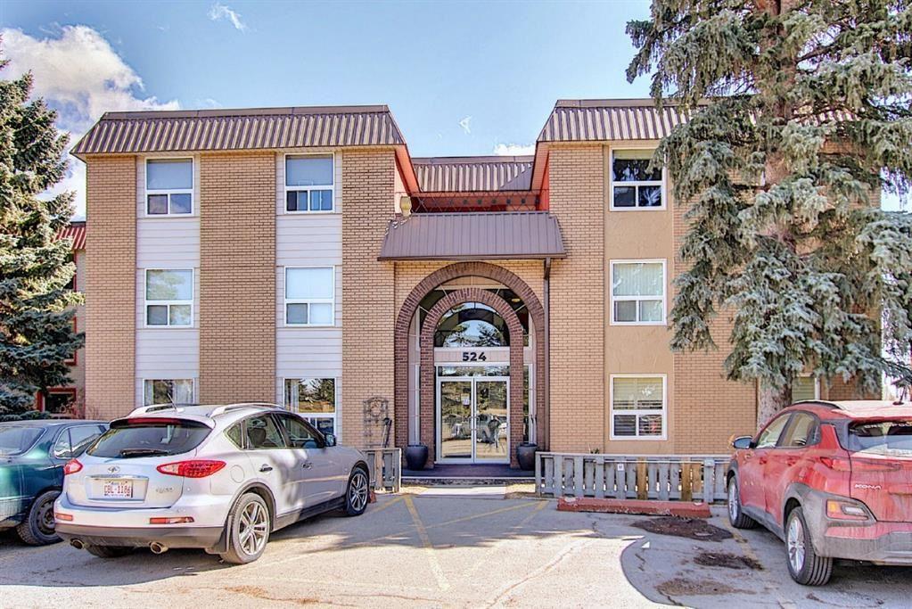 Photo of 524 Cedar Crescent SW #302, Calgary, AB T3C 2Y8 (MLS # A1082587)