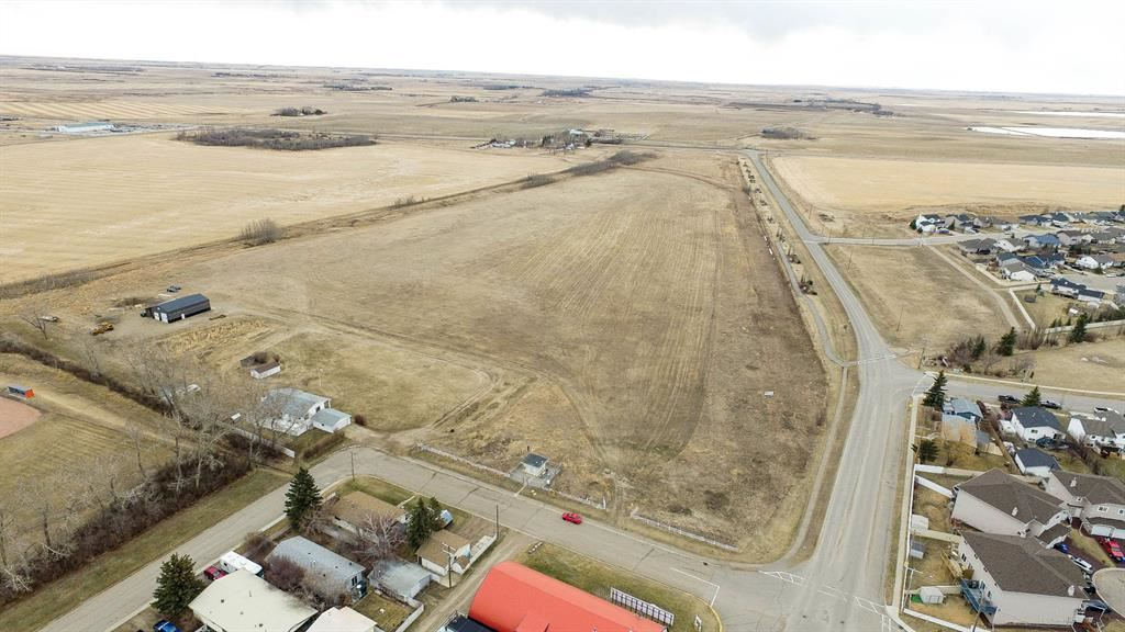 Photo of 0 2nd Street, Rocky View County, AB T0M 1B0 (MLS # A1093597)