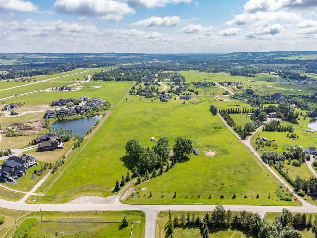 Photo of 190 West Meadows Estates Road, Rocky View County, AB T3Z 1M5 (MLS # A1128622)