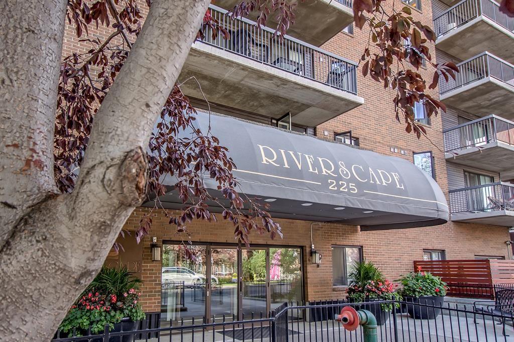 Photo of 225 25 Avenue SW #504, Calgary, AB T2S 2V2 (MLS # A1149640)