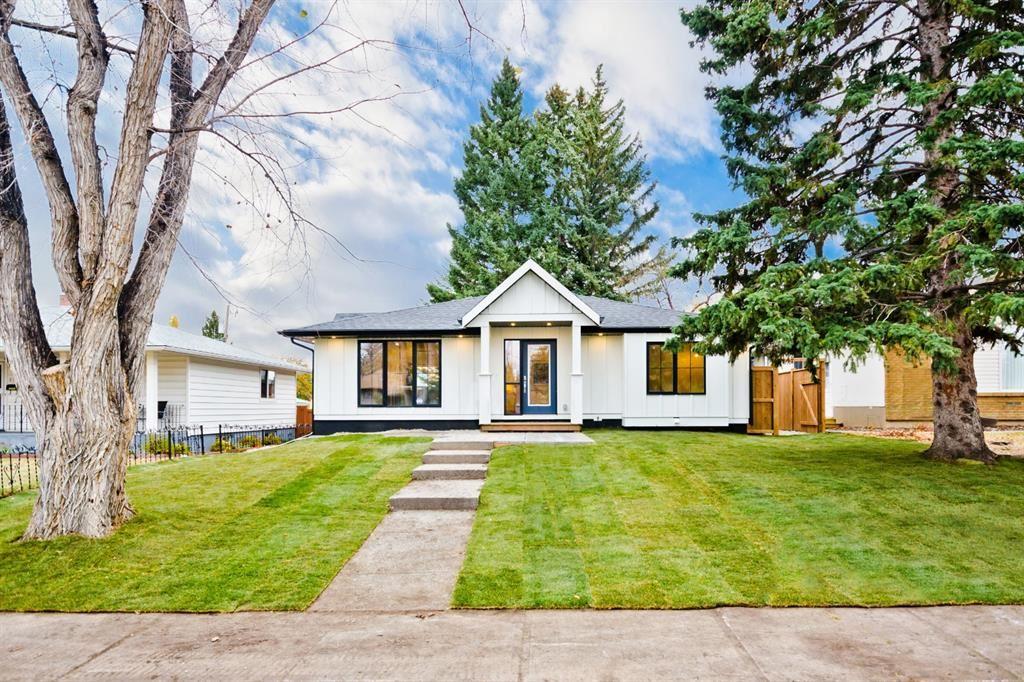 Photo of 2720 41 Street SW, Calgary, AB T3E 3K6 (MLS # A1043647)
