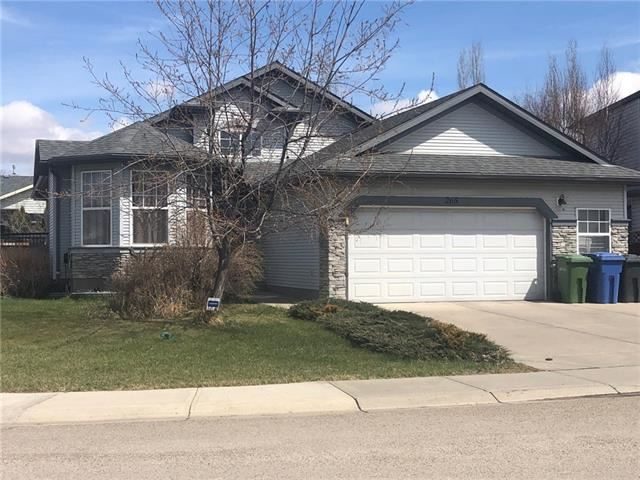 Photo of 265 WEST LAKEVIEW CL, Chestermere, AB T1X 1K4 (MLS # C4292647)