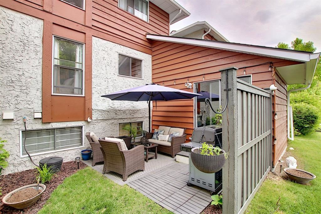 Photo of 6915 Ranchview Drive NW #131, Calgary, AB T3G 1R8 (MLS # A1118650)