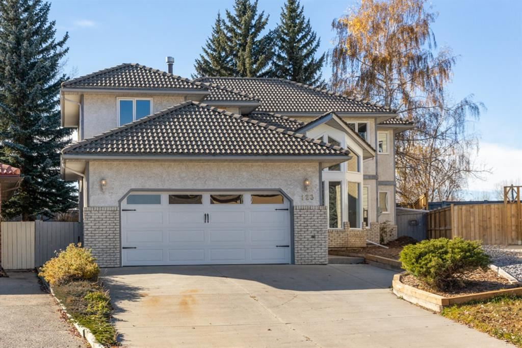 Photo of 123 Canter Place SE, Calgary, AB T2W 5M9 (MLS # A1156654)