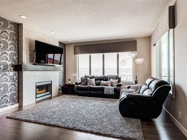 Photo of 43 EVANSRIDGE VW NW, Calgary, AB T3P 0H7 (MLS # C4296670)