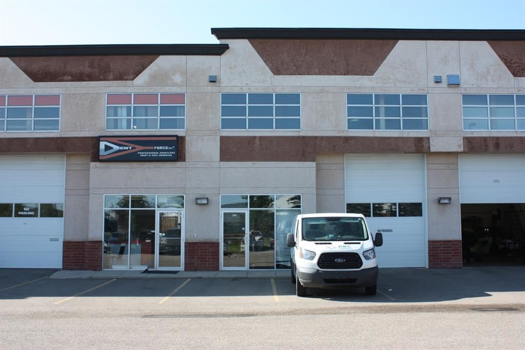 Photo of 2914 Kingsview Boulevard SE #204, Airdrie, AB T4A 0E1 (MLS # A1141672)