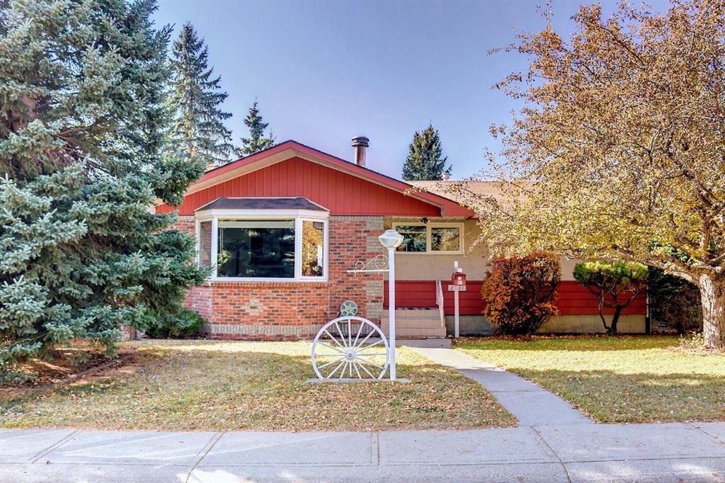 Photo of 2731 Conrad Drive NW, Calgary, AB T2L 1B3 (MLS # A1156682)