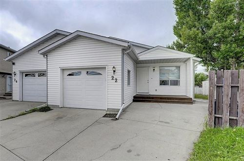 Photo of 22 EMERALD CO SE, Airdrie, AB T4B 1B8 (MLS # C4263690)